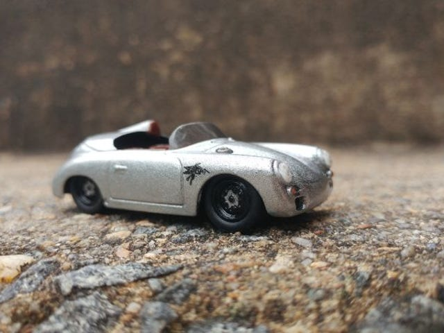 Car Week 2018, Wednesday (Silver): Small Silver Speedster