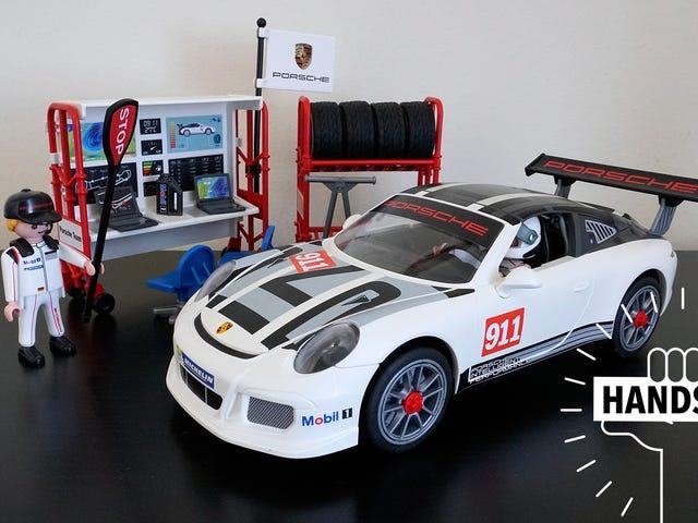 De nieuwe Porsche 911 GT3 Cup van Playmobil lost je midlife-crisis op voor minder dan $ 200.000