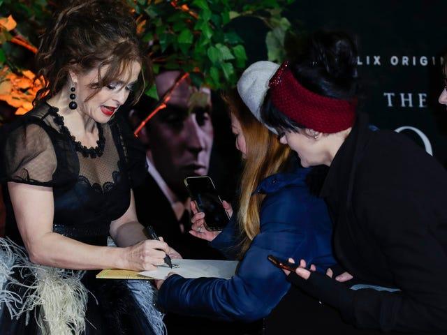 Helena Bonham Carter assomiglia a una Hot, Goth Bird alla premiere di Crown