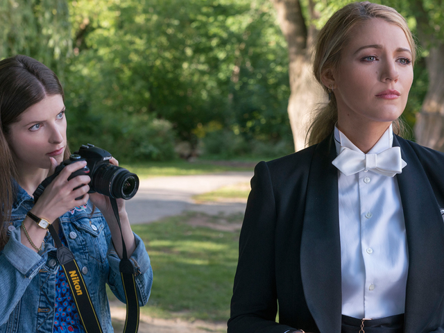 A Simple Favor Is a Delightfully Mischievous Modern Thriller