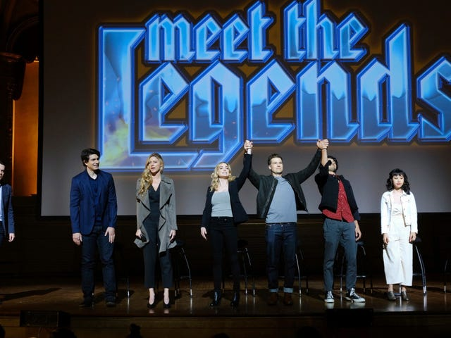 Legends of Tomorrow retorna com fama, glória e sinceridade comovente