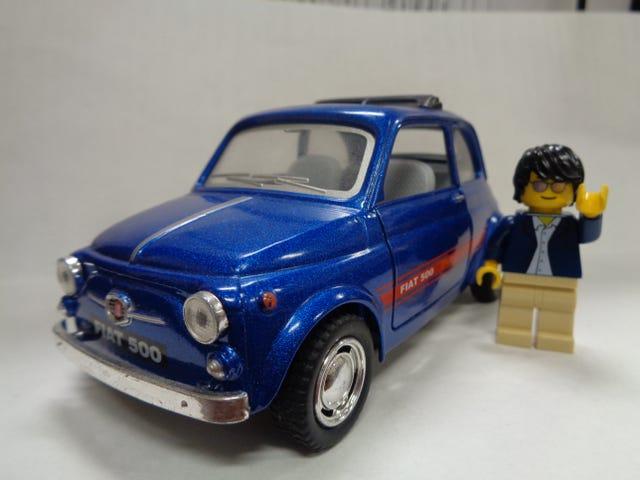 FIAT FRIDAY (กับแขกของ Lego)