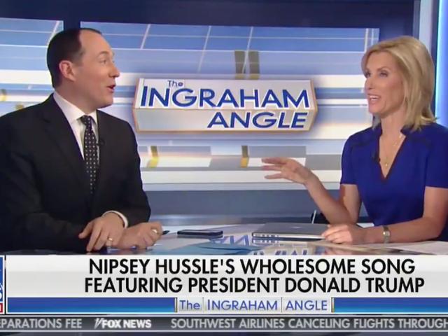 TI, säiliö, peli, soittaa Fox-uutisia isännöi Laura Ingraham Nipsey Husslen muistomerkin jälkeen