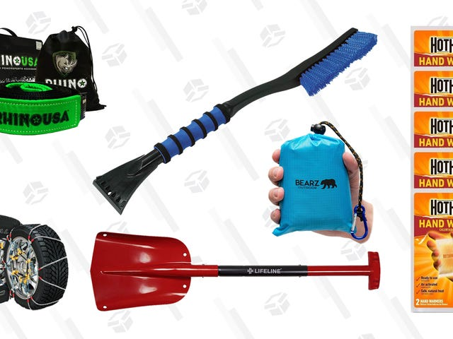Put These Items In Your Car Now, Before the Snow Gets Bad