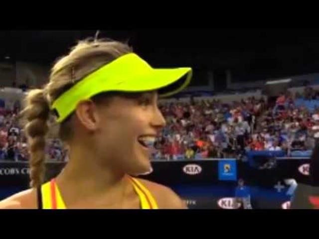 Présentatrice masculine d'une joueuse de tennis élite: «Donnez-nous un tourbillon»