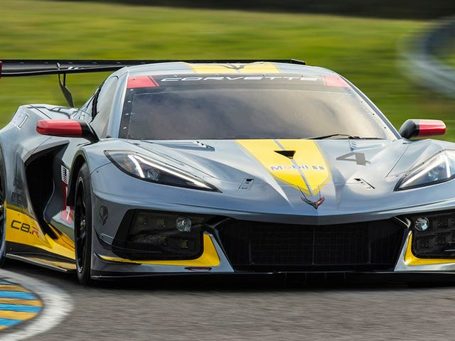 Corvette Racing Will Battle The World With Its New Mid-Engine Corvette C8.R