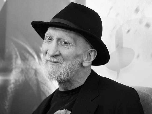 Frank Miller Is Illustrating a YA Novel That Will Tell the Lady of the Lake's Origin