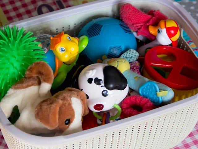 Pakk bort noen av småbarns nye leker akkurat nå