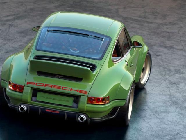 歌手使用500马力威廉姆斯引擎恢复的第一首911看起来很惊人