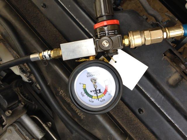 작업장 기본 사항 : 엔진 압축 및 실린더 누출 테스트 (및 점화 플러그)