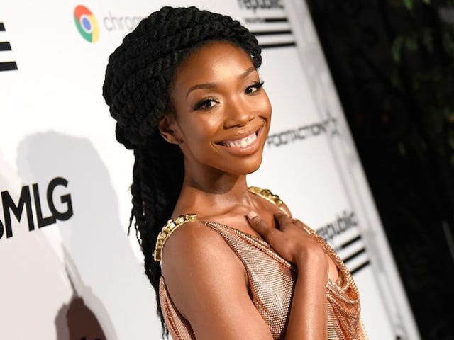 Brandy Is Suing Her Record Label For A Whole Lotta Money