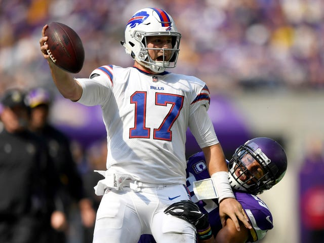 Sam Darnold Had Better Watch Out, Because Josh Allen Has The Poise Now