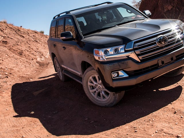 Next Toyota Land Cruiser May Drop the V8: Report