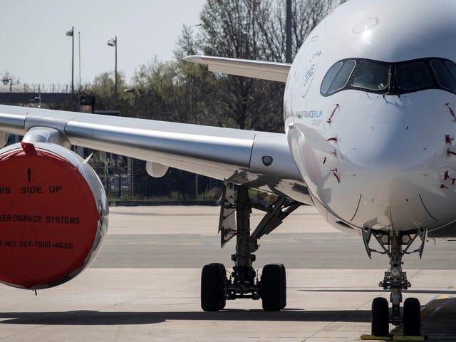 क्यों हवाई यात्रा में कोविद -19 संबंधित गिरावट मौसम के पूर्वानुमान को कम सटीक बना सकती है