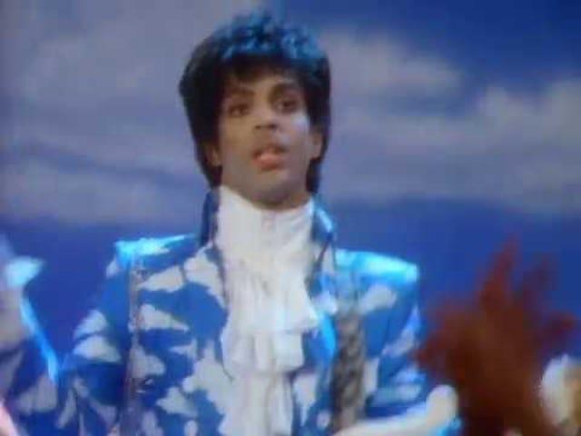 トラック:Raspberry Beret   アーティスト:Prince   アルバム:世界の一日で