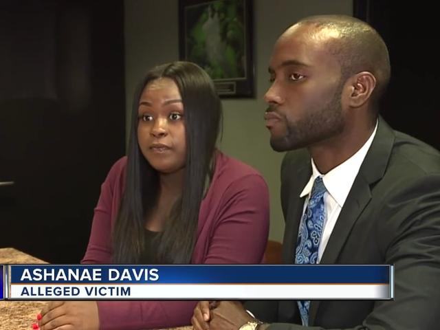 Michigan kvinde filer retssag mod mål efter at hun blev tvunget til at strippe for at bevise hun stjal ikke bikini