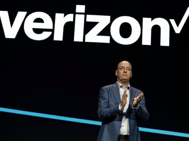 Verizon a une mauvaise excuse pour la raison pour laquelle il verrouille à nouveau les téléphones <em></em><em></em><em></em><em></em><em></em><em></em><em></em>