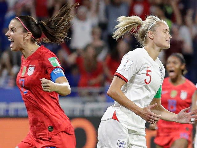 USWNT Storms возвращаются в финал Кубка мира благодаря героическому спасению Алиссы Наехер
