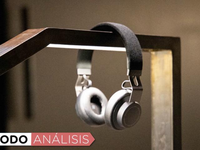 Los mejores auriculares Bluetooth på menos de 100 dólares for å se en av våre favoritter