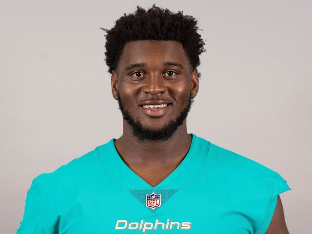 Miami Dolphins Player Injured In Car Crash, Har Arm Amputeret