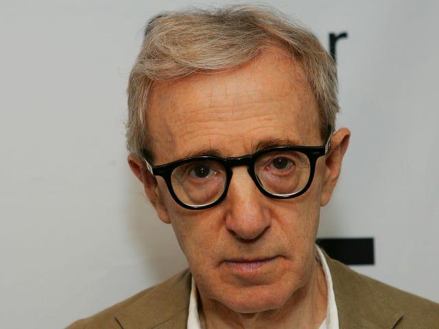 Hachette cierra un capítulo desordenado, deja caer las memorias de Woody Allen después de la protesta del personal