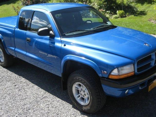 Dang Somebody's Still Got A Perfect 1999 Dodge Dakota