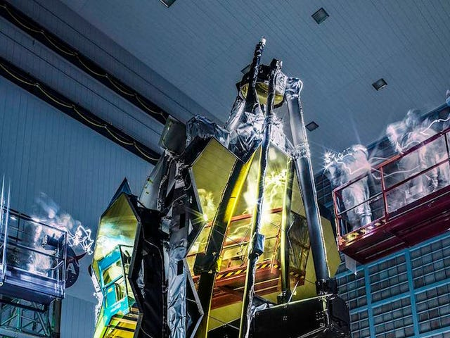 Why the Hell Does the James Webb Space Telescope Look Haunted?