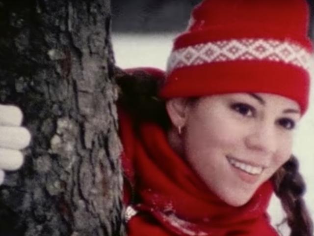Mariah Carey menyatakan musim Natal telah dimulai, apakah Anda suka atau tidak