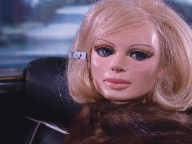 Voice of Lady Penelope dies