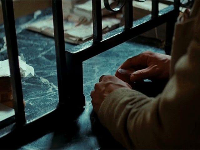 ¿Por qué está Christopher Nolan tan obsesionado con las manos?