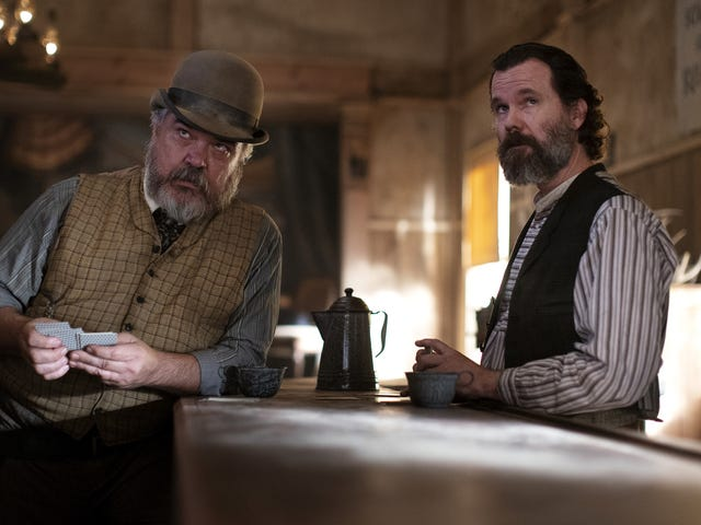 W. Earl Brown reviews the Deadwood movie, reveals there's 30 minutes of unused footage