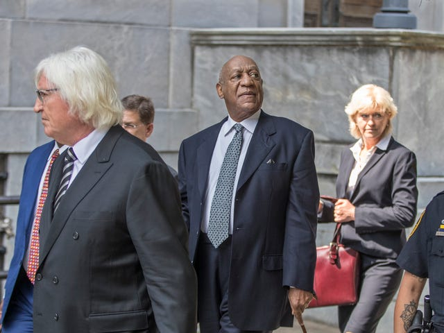Bill Cosby Heads to Court to Stop Accusers From Testifying in Retrial as Prosecutors Seek to Call 19 Additional Women as Witnesses