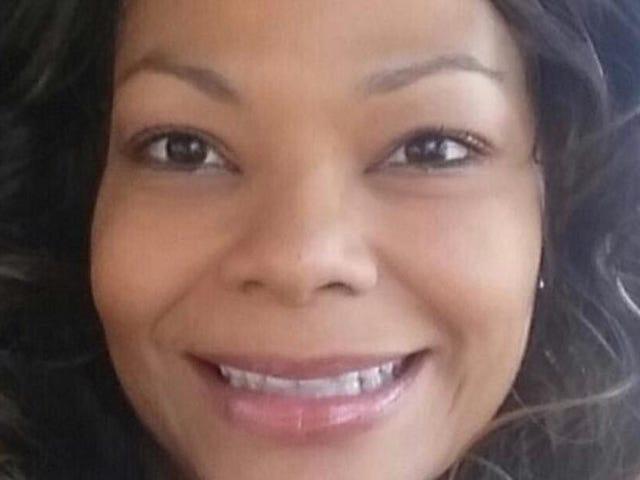 Người phụ nữ bị cho là bị hành hạ bởi người chồng cũ đã được thị trưởng của Cleveland thuê Mặc dù lịch sử bạo lực gia đình