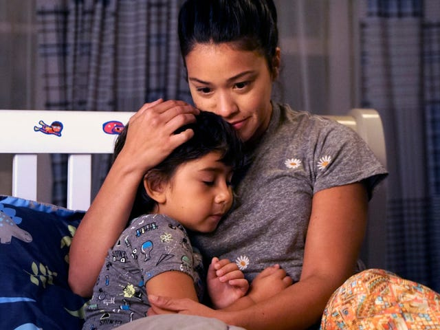 Jane The Virgin gets a double dose of rejection for her 30th birthday