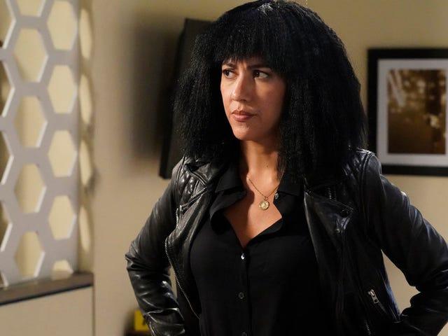 Tonight, Brooklyn Nine-Ninedoes thisto Rosa Diaz's hair