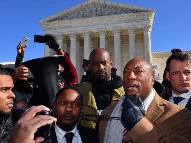 最高裁の判決Comcastは人種差別主義者でない限り人種差別主義者になることができる