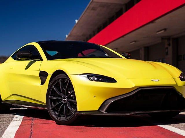 Den neste Aston Martin Vantage AMR vil holde håndboken