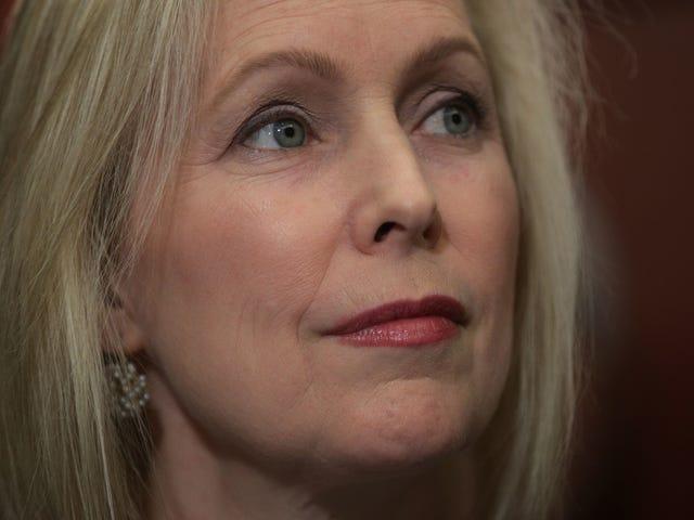 Cựu trợ lý của Kirsten Gillibrand nói rằng Văn phòng Thượng nghị sĩ đã xử lý sai Khiếu nại quấy rối tình dục của cô ấy