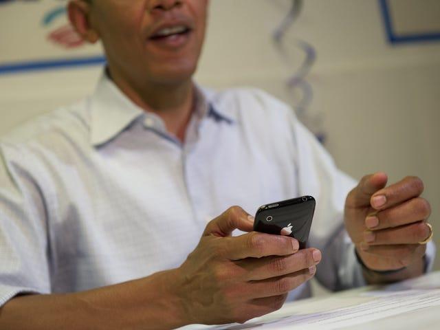 Katakan Apa Sekarang? Barack Obama Ditemukan Akan Mengikuti Bintang Porno Sara Jay Di Media Sosial