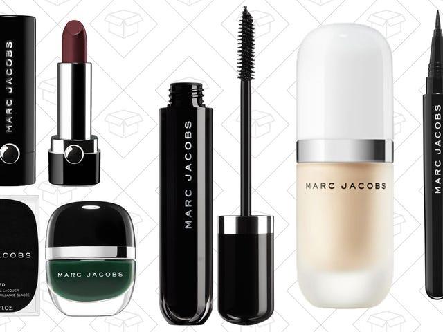 Obtenez Designer avec votre maquillage et profitez de tout 20% de rabais chez Marc Jacobs Beauty