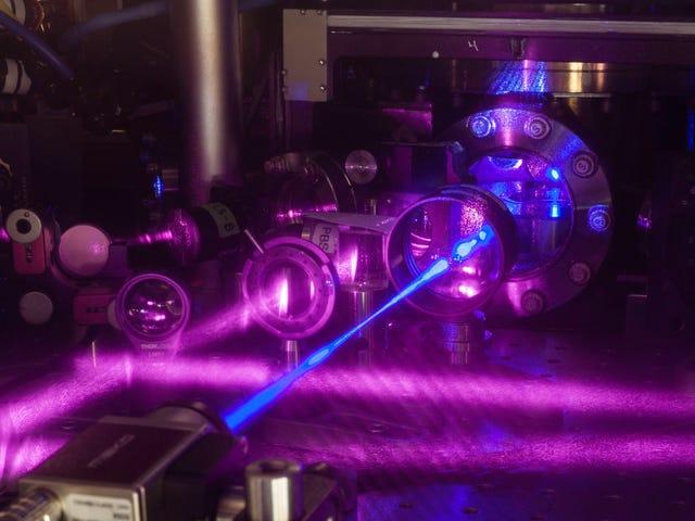 Forskere bygget akkurat det mest nøyaktige klokken til å hjelpe til med å forstå vårt galte univers