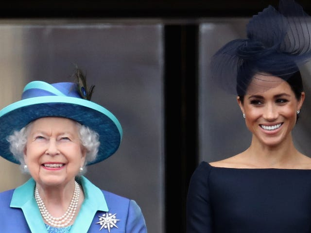 PASTA WAR: QUEEN BANS MEGHAN'S FAVORITE FOOD