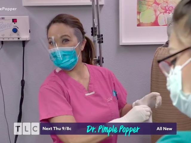 Dr. Pimple Popper Usuwa HORN z ludzkiej głowy
