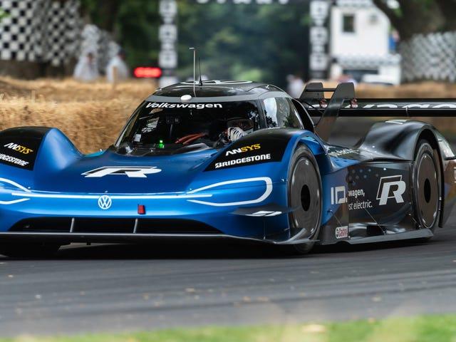 L'elettrico VW ID.R continua a dimostrare che è il futuro molto veloce delle corse