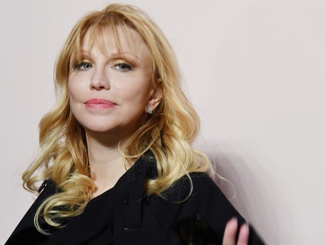 Courtney Love Once Had a Surprisingly Boring Encounter With Kurt Cobain's Ghost
