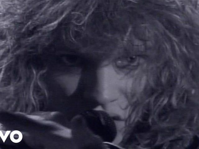 トラック:Livin 'On A Prayer | アーティスト:Bon Jovi | アルバム:Slippery When Wet