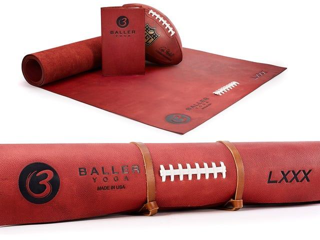 Deze yogamat van $ 1.000 gemaakt van echt NFL-voetballeer ruikt waarschijnlijk geweldig