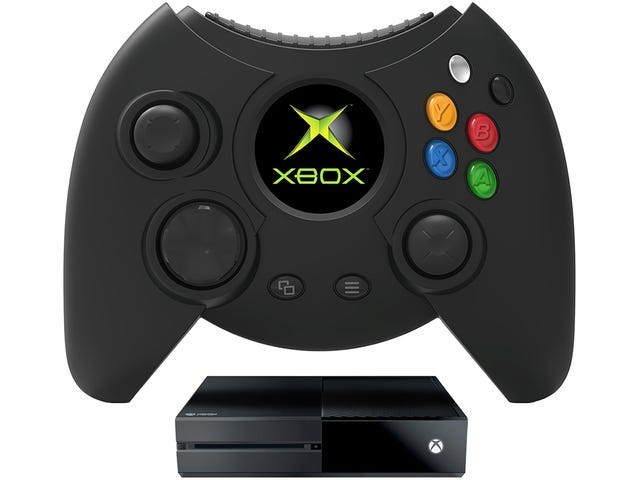 Gamers Love Nostalgia, So Someone Is Bringing Back the Original Xbox's Gigantic Controllers [Update]