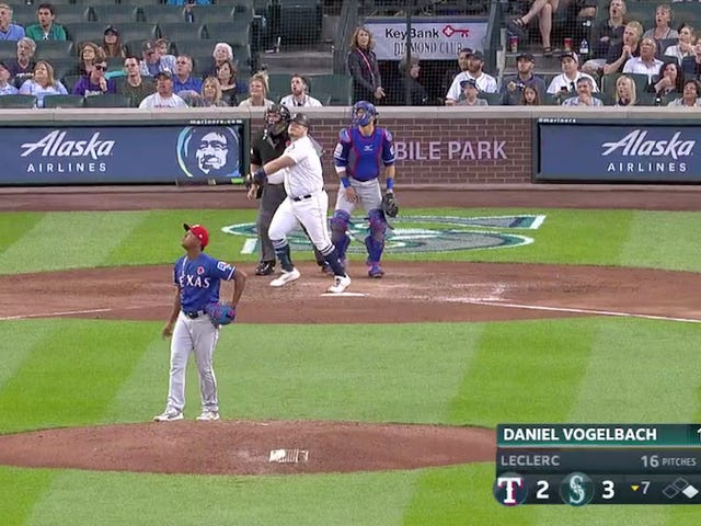 Daniel Vogelbach Hit A Homer So Meaty It Could Feed A Family Of Four