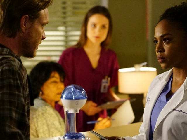 """Minnick surprisingly surges ahead in the """"worst of Grey's"""" race"""
